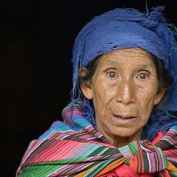 Maya Mam women & children