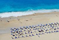 Grece, iles Ioniennes, Cephalonie, plage de Myrtos // Greece, Ionian island, Cephalonia, Myrtos beach