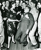 1944 Linda Darnell At The Hollywood Canteen