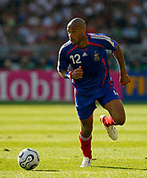 Photo: Glyn Thomas.<br />France v Switzerland. Group G, FIFA World Cup 2006. 13/06/2006.<br />France's Thierry Henry.