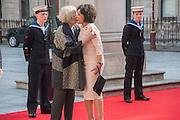 DIANA RIGG; SHIRLEY BASSEY, Celebration of the Arts. Royal Academy. Piccadilly. London. 23 May 2012.