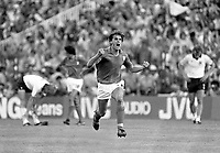 Fotball<br /> VM 1982<br /> Foto: Colorsport/Digitalsport<br /> NORWAY ONLY<br /> <br /> MARCO TARDELLI CELEBRATES SCORING THE 2ND GOAL FOR ITALY. ITALY V WEST  GERMANY. WORLD CUP FINAL 1982. 11/07/198