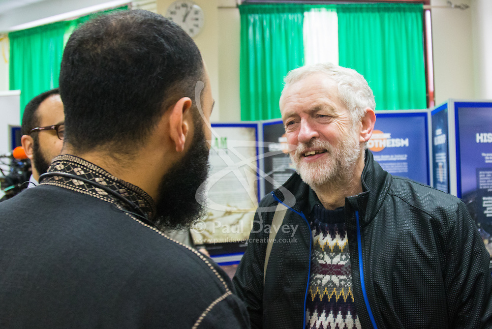 """Finsbury Park Mosque, London, February 7th 2016. Labour Leader and local MP Jeremy Corbyn chats with members of Finsbury Park Mosque as part of a Visit My Mosque initiative by the Muslim Council of Britain to show non-Muslims """"how Muslims connect to God, connect to communities and to neighbours around them"""".<br /> . ///FOR LICENCING CONTACT: paul@pauldaveycreative.co.uk TEL:+44 (0) 7966 016 296 or +44 (0) 20 8969 6875. ©2015 Paul R Davey. All rights reserved."""