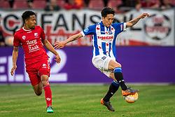 12-05-2018 NED: FC Utrecht - Heerenveen, Utrecht<br /> FC Utrecht win second match play off with 2-1 against Heerenveen and goes to the final play off / Urby Emanuelson #18 of FC Utrecht, Yuki Kobayashi #21 of SC Heerenveen