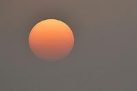 Sunrise over the Yangtze river, Hubei Tian'ezhou Milu National Nature Reserve, Shishou, Hubei, China
