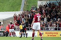 Fotball<br /> Foto: SBI/Digitalsport<br /> NORWAY ONLY<br /> <br /> Northampton v Leyton Orient<br /> Coca-Cola Football League 2<br /> Sixfields Stadium.<br /> 28/08/2004<br /> <br /> Northampton's Scott Mcgleish celebrates his equalising goal, bringing the score to 2-2.