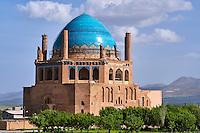 Iran, province de Zanjan, Soltaniyeh, mausolée du sultan mongol Oljeitu, Empire Mongol Ilkhan, classé au patrimoine mondial de l'UNESCO // Iran, Zanjan province, Soltaniyeh, Oljeitu mausoleum, the Mongolian sultan of Ilkhanid Mongol era