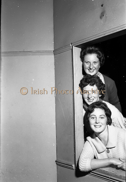 """26/05/1962<br /> 05/26/1962<br /> 26 May 1962<br /> Rehersal in Gael-Linn's Damer theatre in preparation for first ever review """"Damertásibh"""", due to open on the 30th May. In a addition to """"Tontoletto"""" a short play by Micheal Mac Liammóir, there were sketches by Niall Toibín;  Eoghan O Tuairisc; Sean O Riada and Tomas Mac Anna, dealing with subjects like the """"Playboy Movie"""", Telefis Eireann, Lord Nelson and the Gael Linn Newsreel of 2062. Music was by Peadar O Briain and production was by Tomas Mac Anna. Picture shows from top~: Deirdre Ní Dheasuin; Nuala Ní Dhomhnaill and Treasa Ní Dhiorain who appeared in the review Ilshiamsa an Damer."""