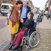 NLD/Naarden//20170414 - Matthaus Passion in de grote kerk van Naarden, Joyce Sylvester met Jetta Klijnsma en haar partner Ard van Rijn