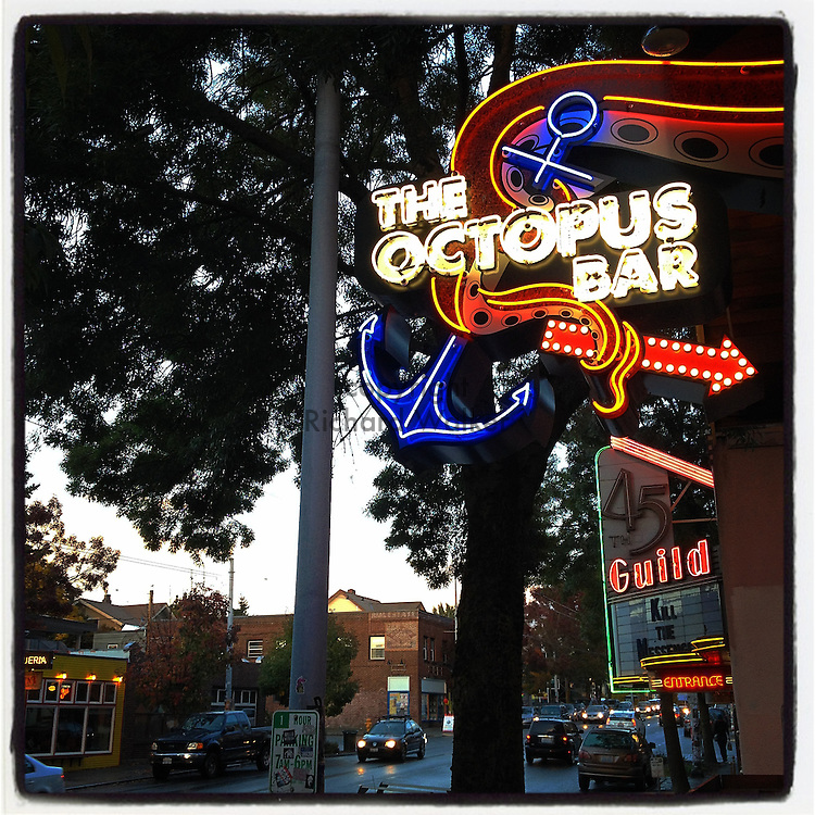2014 October 11 - Octopus Bar neon sign, Wallingford, Seattle, WA, USA. Taken/edited with Instagram App for iPhone. By Richard Walker