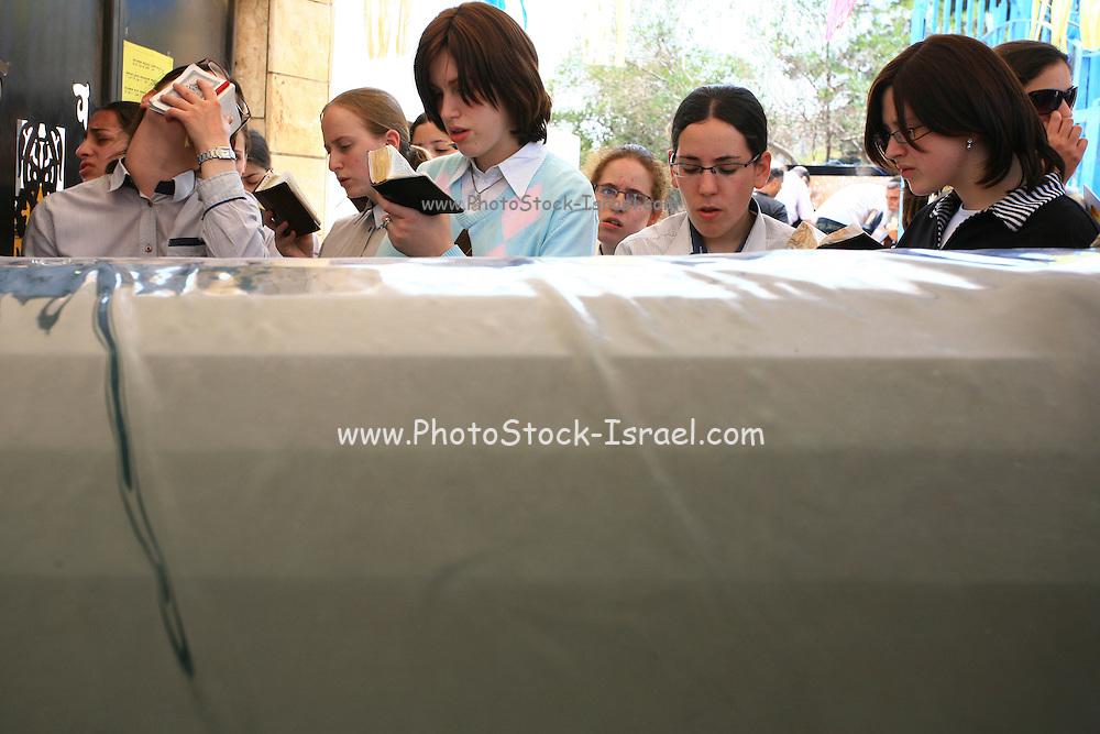Israel, Galilee, Tiberias, Orthodox women pray at Tomb of Rabbi akiva (Akiba ben joseph)