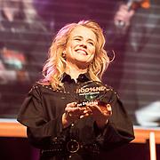 NLD/Amsterdam/20190208- 100% NL Awards  2019, Ilse de Lange wint de 100 % Ouvreaward
