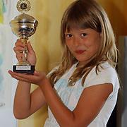 Linda Janssen met haar gewonnen HAFF beker voorronde Nederlands kampioenschap