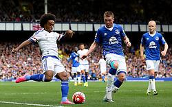 Chelsea's Willian crosses the ball  - Mandatory byline: Matt McNulty/JMP - 07966386802 - 12/09/2015 - FOOTBALL - Goodison Park -Everton,England - Everton v Chelsea - Barclays Premier League