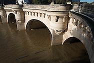France. Paris. pont Neuf