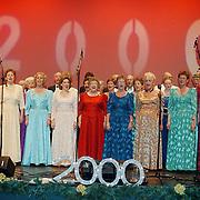 Nieuwjaarsreceptie gemeente Huizen 2000, optreden Gooise Operette vereniging