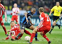 Milano, 23/02/2011<br /> Champions League/Champions League/Inter-Bayern Monaco<br /> Tymoschuk stende Eto'o