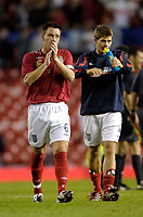Photo: Jed Wee.<br /> England v Greece. International Friendly. 16/08/2006.<br /> <br /> New England captain John Terry (L) and assistant Steven Gerrard applaud the fans at the end of the game.