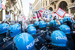 May 1, 2019 - Turin, Italy - Protesters clash with Italian riot police officers during the celebration of  May Day  (International Workers' Day ) in Turin, Italy on 1st May 2019. (Credit Image: © Mauro Ujetto/NurPhoto via ZUMA Press)