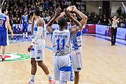 DESCRIZIONE : Campionato 2014/15 Serie A Beko Dinamo Banco di Sardegna Sassari - Acqua Vitasnella Cantu'<br /> GIOCATORE : Jerome Dyson Jeff Brooks<br /> CATEGORIA : Ritratto Esultanza Fair Play<br /> SQUADRA : Dinamo Banco di Sardegna Sassari<br /> EVENTO : LegaBasket Serie A Beko 2014/2015<br /> GARA : Dinamo Banco di Sardegna Sassari - Acqua Vitasnella Cantu'<br /> DATA : 28/02/2015<br /> SPORT : Pallacanestro <br /> AUTORE : Agenzia Ciamillo-Castoria/L.Canu<br /> Galleria : LegaBasket Serie A Beko 2014/2015