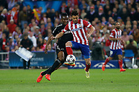 Atletico de Madrid´s David Villa (R) and  Chelsea´s John Obi Mikel during Champions League semifinal first leg soccer match between Atletico de Madrid and Chelsea, at the Vicente Calderon stadium, in Madrid, Spain, April 22, 2014. (ALTERPHOTOS/Victor Blanco)