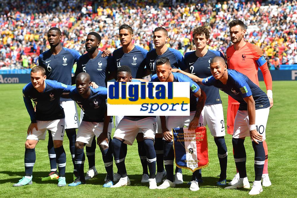 Teamfoto,Team,Mannschaft,Mannschaftsfoto. hi.v.li:Paul POGBA (FRA),Samuel UMTITI (FRA),Raphael VARANE (FRA).Lucas HERNANDEZ (FRA),Benjamin PAVARD (FRA),Hugo LLORIS (FRA),Torwart. Vorne v.li:Antoine GRIEZMANN (FRA),Thomas LEMAR (FRA),Ousmane DEMBELE (FRA),Corentin TOLISSO (FRA) ,Kylian MBAPPE (FRA), Frankreich (FRA)-Australien (AUS) 2-1, Vorrunde, Gruppe C, Spiel 5, am 16.06.2018 in Kasan,Kasan Arena. Fussball Weltmeisterschaft 2018 in Russland vom 14.06. - 15.07.2018. *** Team Photo Team Team Photo Paul POGBA FRA Samuel UMTITI FRA Raphael VARANE FRA Lucas HERNANDEZ FRA Benjamin PAVARD FRA Hugo LLORIS FRA Goalkeeper Front v left Antoine GRIEZMANN FRA Thomas LEMAR FRA Ousmane DEMBELE FRA Corentin TOLISSO FRA Kylian MBAP FRA France FRA Australia AUS 2 1 Preliminary Round Group C Match 5 on 16 06 2018 in Kazan Kazan Arena Soccer World Cup 2018 in Russia from 14 06 15 07 2018