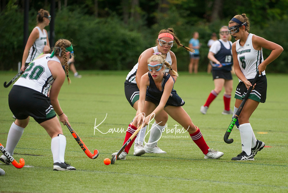 St Paul's School Field Hockey v New Hampton.   ©2018 Karen Bobotas Photographer