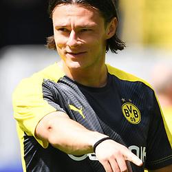 27.06.2020, xmeix, 1.Fussball Bundesliga, Borussia Dortmund - TSG 1899 Hoffenheim, empor. v.l.n.r, <br /> Nico Schulz (Borussia Dortmund)<br /> <br /> <br /> <br /> Foto: Sascha Meiser/APF/Pool/PIX-Sportfotos<br /> <br /> Nur für journalistische Zwecke!<br /> Only for editorial use!<br /> Nutzungsbedingungen: http://poolbilder.de/nutzungsvereinbarung.pdf<br /> <br /> Foto © PIX-Sportfotos *** Foto ist honorarpflichtig! *** Auf Anfrage in hoeherer Qualitaet/Aufloesung. Belegexemplar erbeten. Veroeffentlichung ausschliesslich fuer journalistisch-publizistische Zwecke. For editorial use only. DFL regulations prohibit any use of photographs as image sequences and/or quasi-video.