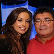 NLD/Tilburg/20060129 - Opening kapsalon John Beerens Tilburg, Rosanna Lima en haar vader