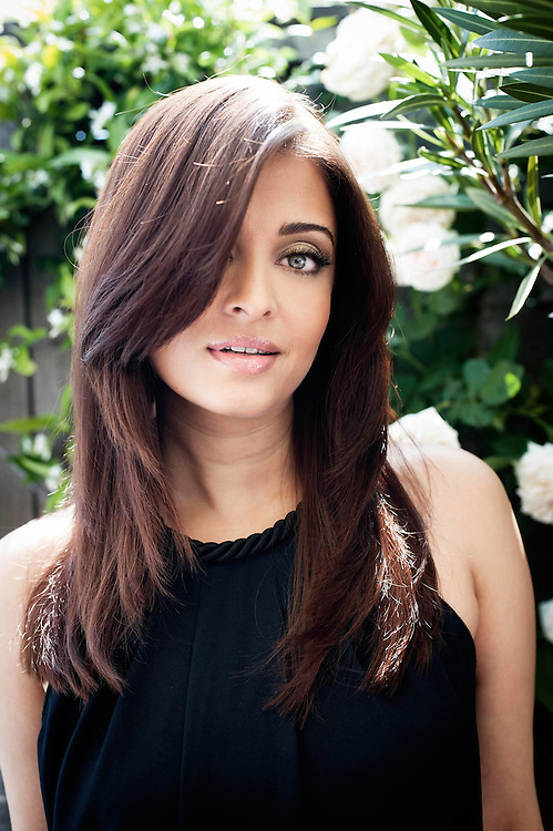 CANNES, FRANCE - MAY 12  Aishwarya Rai Loreal girl poses for portrait before being interviewed by Jonathan Ross for CinŽmoi TV on the roof garden of The Martinez in Cannes, during the 64th Cannes Film Festival on May 12, 2011 in Cannes, France