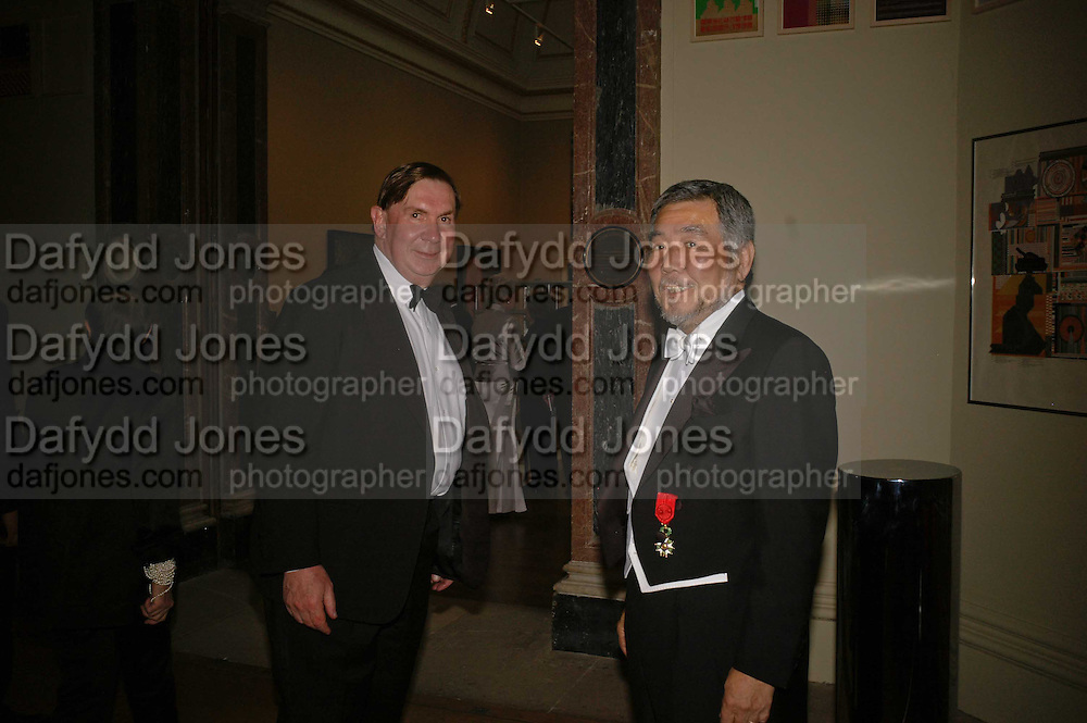 Lord Irvine and H.E. the Japanese Ambassador, Royal Academy Annual dinner. Royal Academy, Piccadilly. 6 June 2006. ONE TIME USE ONLY - DO NOT ARCHIVE  © Copyright Photograph by Dafydd Jones 66 Stockwell Park Rd. London SW9 0DA Tel 020 7733 0108 www.dafjones.com
