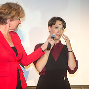 ** PRIVE,WEEKEND,STORY,PARTY OUT ** NLD/Utrecht/20151006 - Boekpresentatie Anne van Veen - 'Wie ik aan het zijn was', Violet Falkenburg en Anne van Veen