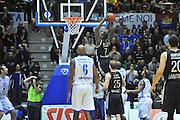 DESCRIZIONE : Eurocup 2013/14 Gr. J Dinamo Banco di Sardegna Sassari -  Brose Basket Bamberg<br /> GIOCATORE : Rakim Sanders<br /> CATEGORIA : Schiacciata<br /> SQUADRA : Brose Basket Bamberg<br /> EVENTO : Eurocup 2013/2014<br /> GARA : Dinamo Banco di Sardegna Sassari -  Brose Basket Bamberg<br /> DATA : 19/02/2014<br /> SPORT : Pallacanestro <br /> AUTORE : Agenzia Ciamillo-Castoria / Luigi Canu<br /> Galleria : Eurocup 2013/2014<br /> Fotonotizia : Eurocup 2013/14 Gr. J Dinamo Banco di Sardegna Sassari - Brose Basket Bamberg<br /> Predefinita :
