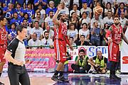 DESCRIZIONE : Campionato 2014/15 Dinamo Banco di Sardegna Sassari - Olimpia EA7 Emporio Armani Milano Playoff Semifinale Gara3<br /> GIOCATORE : Samardo Samuels<br /> CATEGORIA : Ritratto Delusione<br /> SQUADRA : Olimpia EA7 Emporio Armani Milano<br /> EVENTO : LegaBasket Serie A Beko 2014/2015 Playoff Semifinale Gara3<br /> GARA : Dinamo Banco di Sardegna Sassari - Olimpia EA7 Emporio Armani Milano Gara4<br /> DATA : 02/06/2015<br /> SPORT : Pallacanestro <br /> AUTORE : Agenzia Ciamillo-Castoria/L.Canu