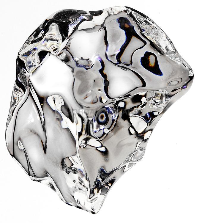 Ice cube crystal clear