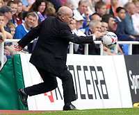 Photo: Daniel Hambury.<br /> Reading v Millwall. Coca Cola Championship.<br /> 20/08/2005.<br /> Reading's manager Steve Coppell tries to grab the ball.