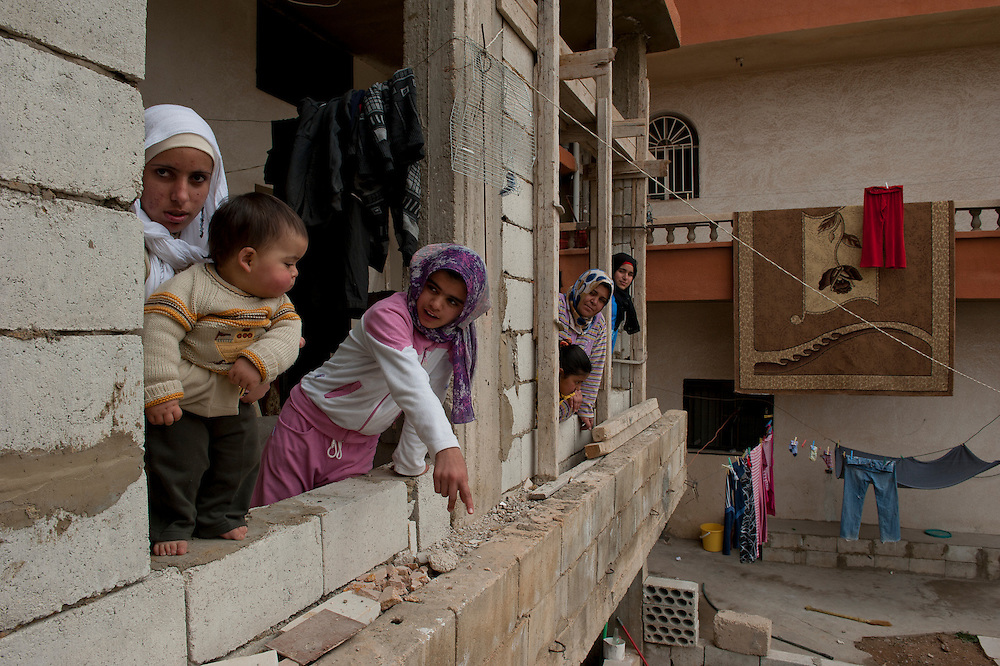 Family of Syrian refugees who arrived in March in the village El Fakha, Lebanon, after fleeing violence in Zahra (Syria). They live in a cold and unsafe house that is still under construction.