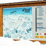 AUT/Lech/19940210 - Skiliftenbord in Lech
