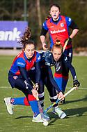 BILTHOVEN -  Hoofdklasse competitiewedstrijd dames, SCHC v hdm, seizoen 2020-2021.<br /> Foto: Klaartje de Bruijn (SCHC) en Pien van der Heide (hdm)