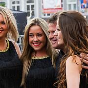 NLD/Maastricht/20140630 - TROS Muziekfeest op het Plein 2014 Maastricht, Wolter Kroes en danseressen