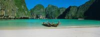 Thailande, province de Krabi, île Ko Phi Phi Leh, Ao Maya // Thailand, Krabi province, Ko Phi Phi, Phi Phi Le, Ao Maya