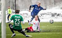 Fotball<br /> Tippeligaen Treningskamp<br /> Nadderud .13.04.14.15<br /> Stabæk - Fredrikstad<br /> Eirik Haugstad stoppes av Ola Lønn Jenssen<br /> <br /> <br /> Foto: Eirik Førde