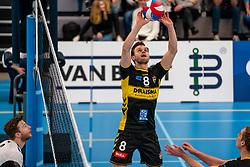 Freek de Weijer #8 of Dynamo in action in the second round between Sliedrecht Sport and Draisma Dynamo on February 29, 2020 in sports hall de Basis, Sliedrecht