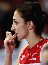 09-01-2016 TUR: European Olympic Qualification Tournament Turkije - Italie, Ankara<br /> De strijd om de tweede Japan ticket wordt gewonnen door Italie. Turkije verliest in de 5de set met 13-15 / Busra Kilicli #9 of Turkey