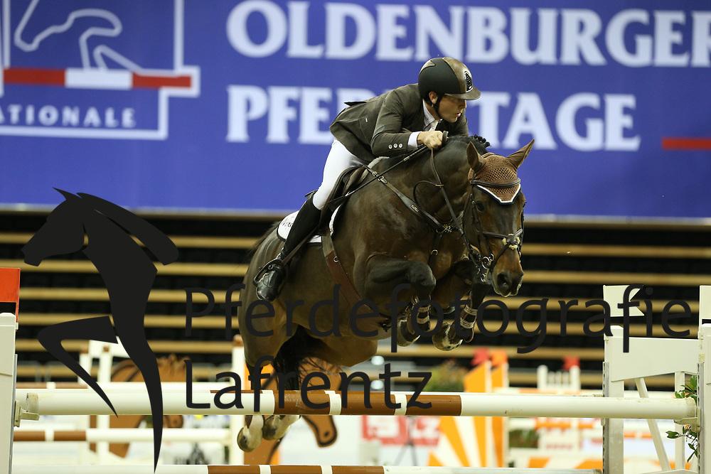 Vinckier, Jan Emilie de Diamant As<br /> Oldenburg - Oldenburger Pferdetage 2013<br /> Internationales Springen<br /> © www.sportfotos-lafrentz.de / Stefan Lafrentz
