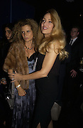 JERRY HALL AND SUZANNE WYMAN. First night party for High Society. Shanghai Blues. High Holborn.  October 10 2005. ONE TIME USE ONLY - DO NOT ARCHIVE © Copyright Photograph by Dafydd Jones 66 Stockwell Park Rd. London SW9 0DA Tel 020 7733 0108 www.dafjones.com