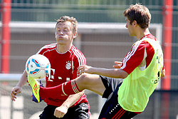 12.07.2011, Bayern Trainingsgelaende, Muenchen, GER, 1.FBL, Training Bayern Muenchen, im Bild  Ivica Olic (Bayern #11) im Kampf mit Thomas Mueller (Bayern #25) // during the training session,  on 2011/07/12, Training Ground, Munich, Germany, EXPA Pictures © 2011, PhotoCredit: EXPA/ nph/  Straubmeier       ****** out of GER / CRO  / BEL ******