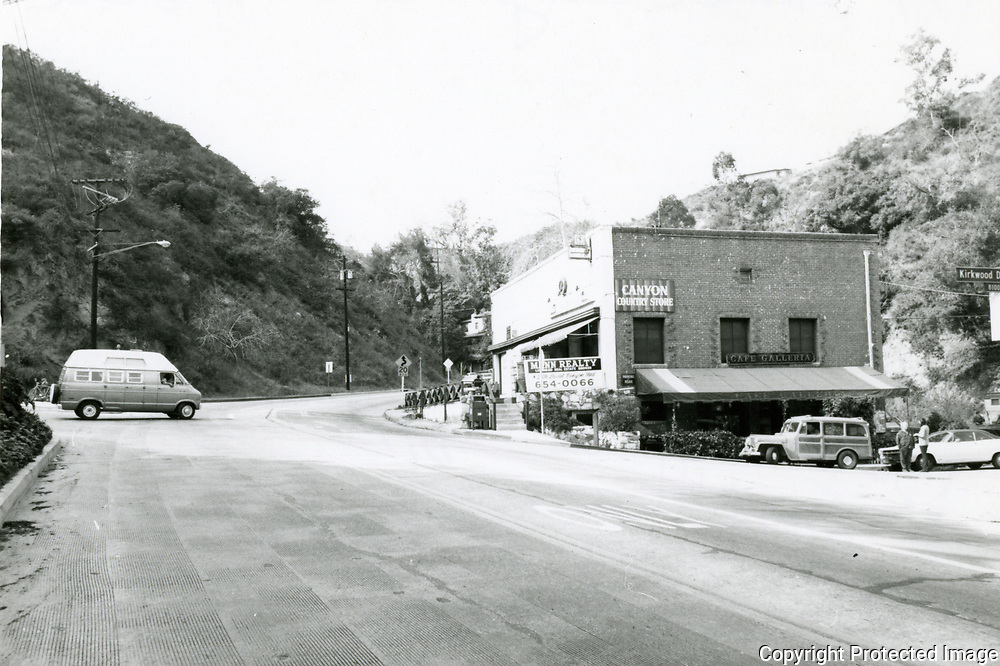 1974 Laurel Canyon Country Store