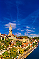 Munster (Cathedral of Bern) and the Aare River, Bern, Canton Bern, Switzerland