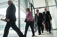 16 NOV 2016, BERLIN/GERMANY:<br /> Frank-Walter Steinmeier, SPD, Bundesaussenminister, Angela Merkel, CDU, Bundeskanzlerin, Sigmar Gabriel, SPD, Bundeswirtschaftsminister, Horst Seehofer, CSU, Ministerpraesident Bayern, (v.L.n.R.), auf dem Weg zu einem Statement zur Vorstellung des gemeinsamen Kandidaten der Koalitionsparteien fuer das Amt des Bundespraesidenten, Fraktionsebene, Deutscher Bundestag<br /> IMAGE: 20161116-01-014<br /> KEYWORDS: Bundespräsident